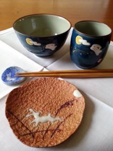 Tsuki no Usagi – Der Mondhase auf japanischem Geschirr. Foto: B. Schmidt-Hurtienne