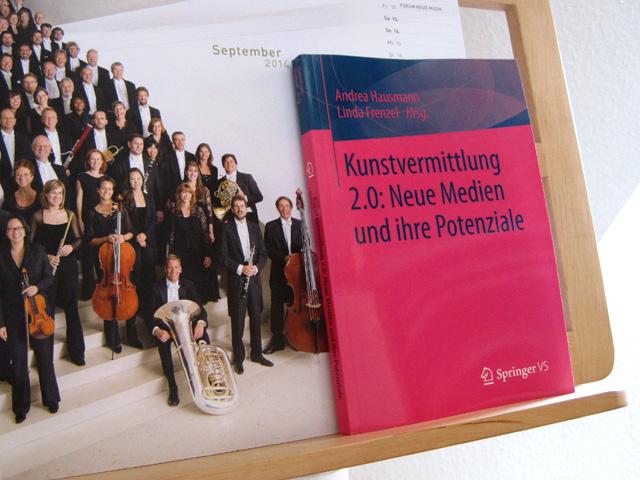 Birgit Schmidt-Hurtienne: Die Einsatzmöglichkeiten von Social Media im Orchester, in: Kunstvermittlung 2.0: Neue Medien und ihre Potenziale